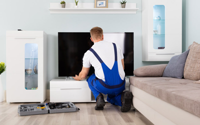 5 Reasons To Hire A Professional For LCD TV Installation